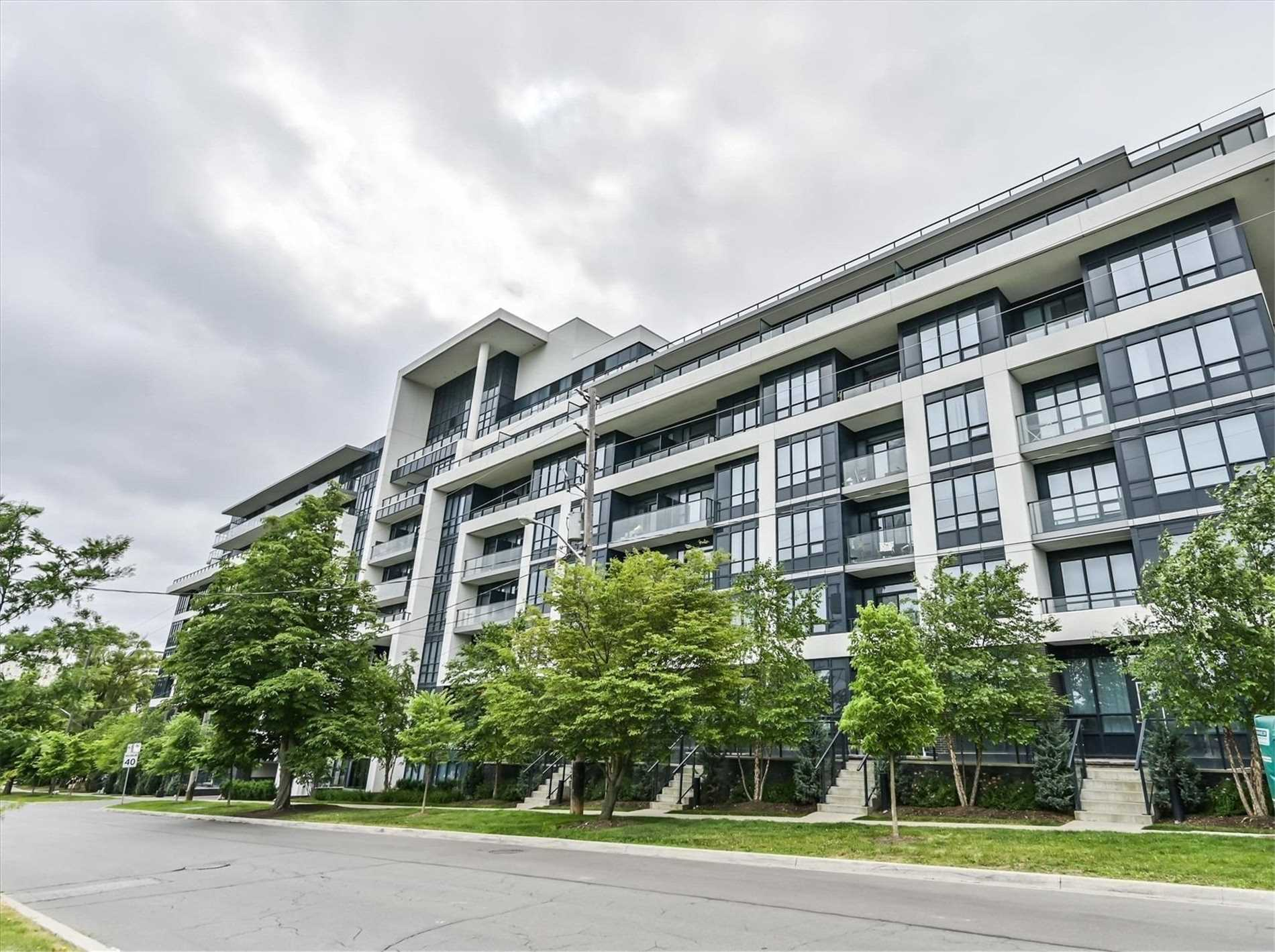 North York Luxury Condo Townhouse For Sale